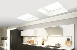 Flat roof skylights and hatches